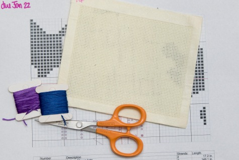 pattern, thread, Aida, scissors